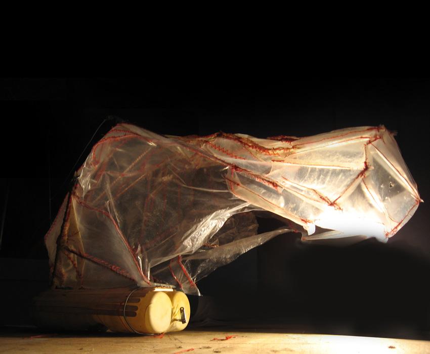 art crumble;installatie;shelter;plastic kunst